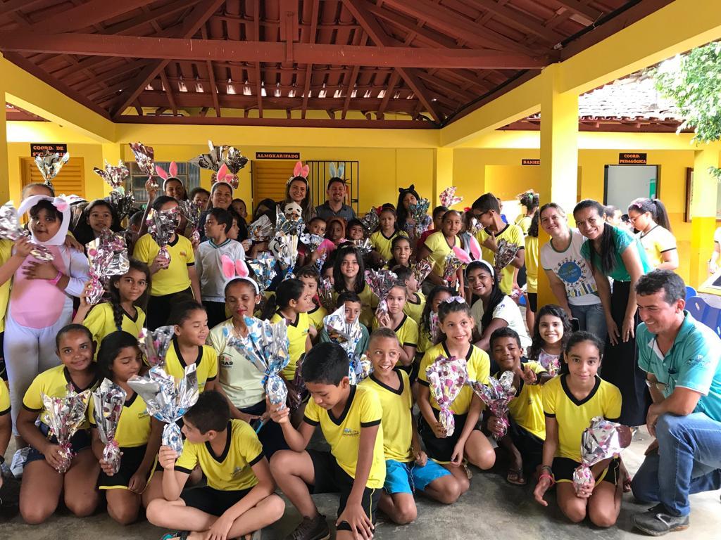 Alunos das escolas municipais de Barrolândia recebem ovos de páscoa da Prefeitura