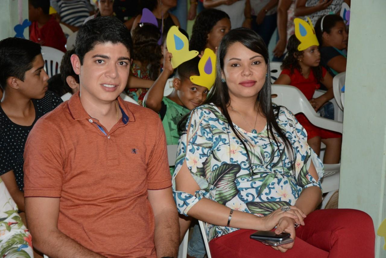 Crianças atendidas pelos SCFV da Prefeitura comemoram a Páscoa