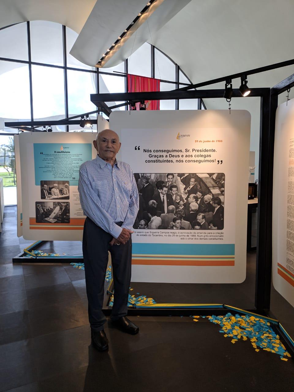 Siqueira visita exposição e relembra os fatos que marcaram a luta pela criação do Tocantins
