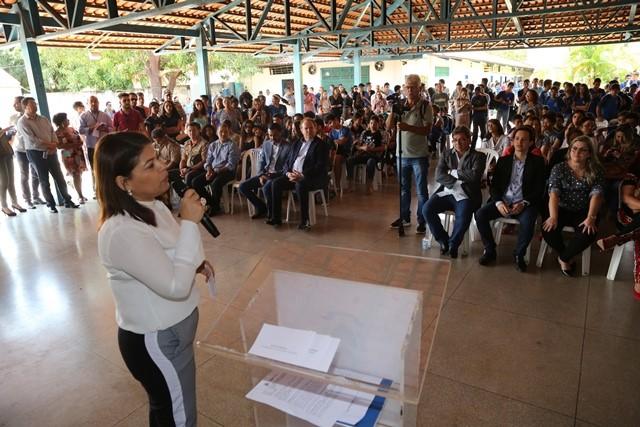 Comunidade escolar comemora ampliação da Escola Estadual Beira Rio, em Luzimangues
