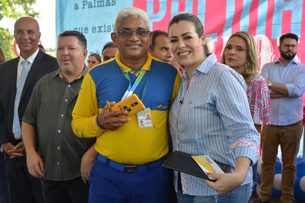 Prefeitura e Correios lançam selo comemorativo dos 30 anos de Palmas