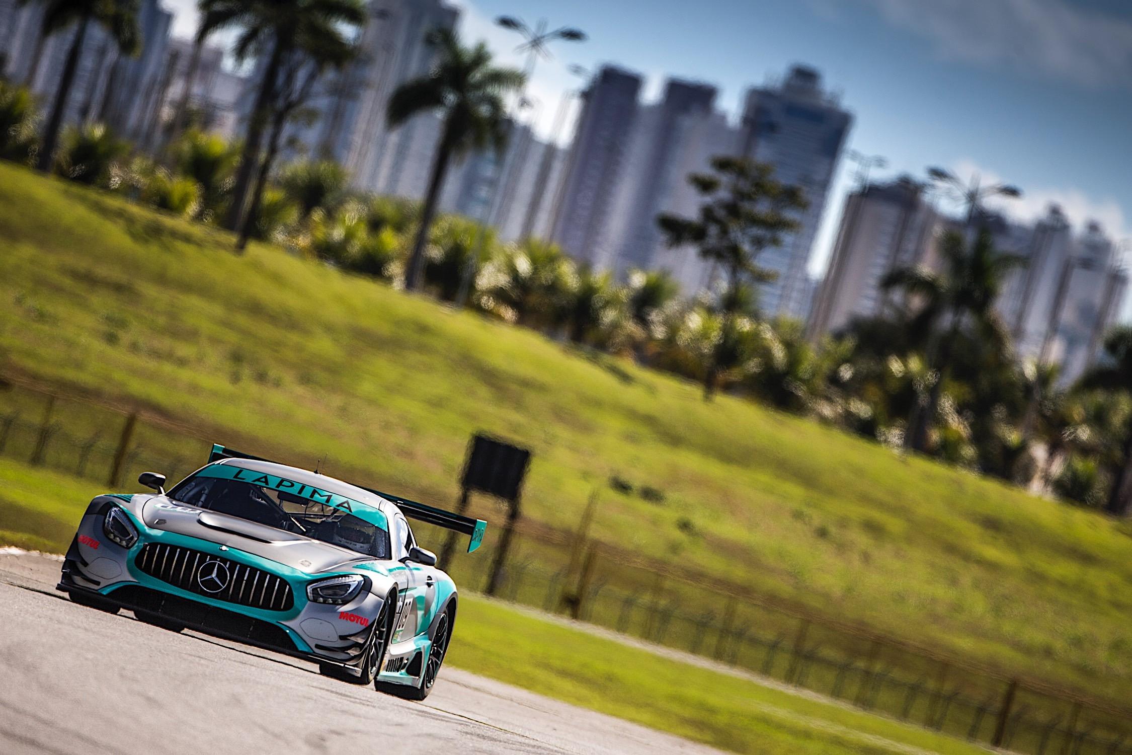 Endurance Brasil: Xandy e Xandinho Negrão chegam líderes da GT3 em Goiânia