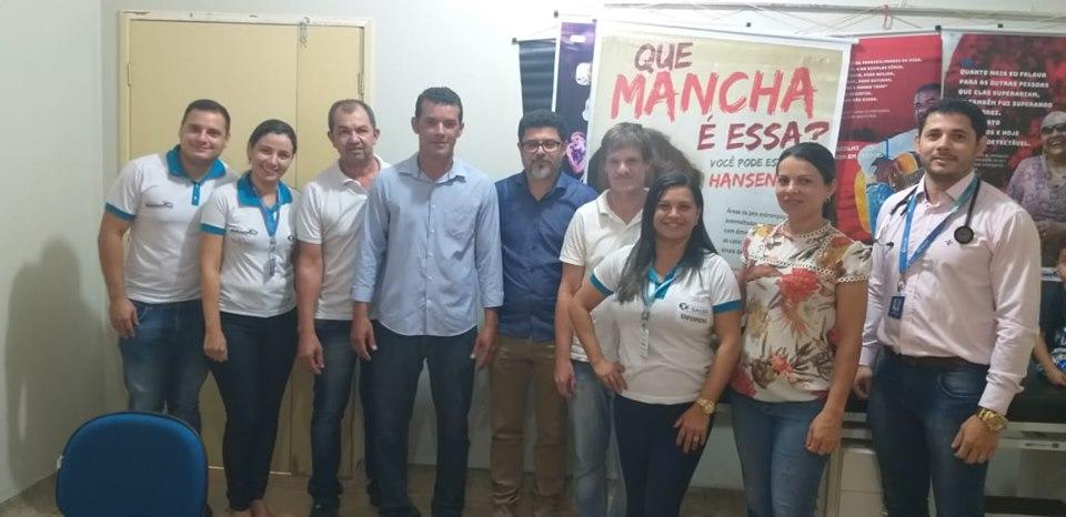 A Secretaria de Saúde juntamente com a Secretaria de Ação social ofereceu atendimento psiquiátrico a população de Marianópolis