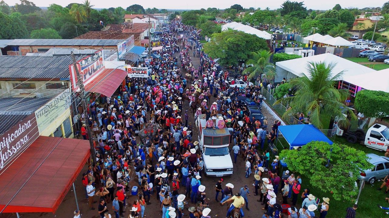 Cavalgada da Expoagro movimenta final de semana em Barrolândia; veja as fotos