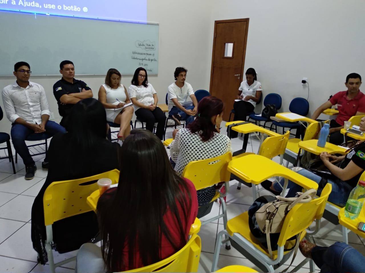 Seminário sobre as educação em prisões reúne professores e servidores do sistema prisional para discutir os desafios e oportunidades