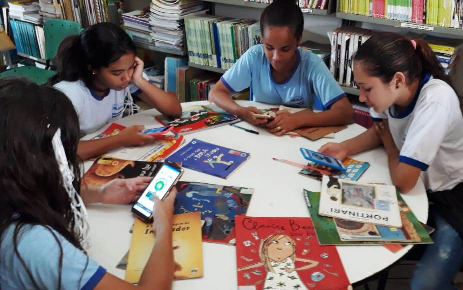 Professor cria aplicativo para divulgação das atividades da escola que trabalha em Palmas