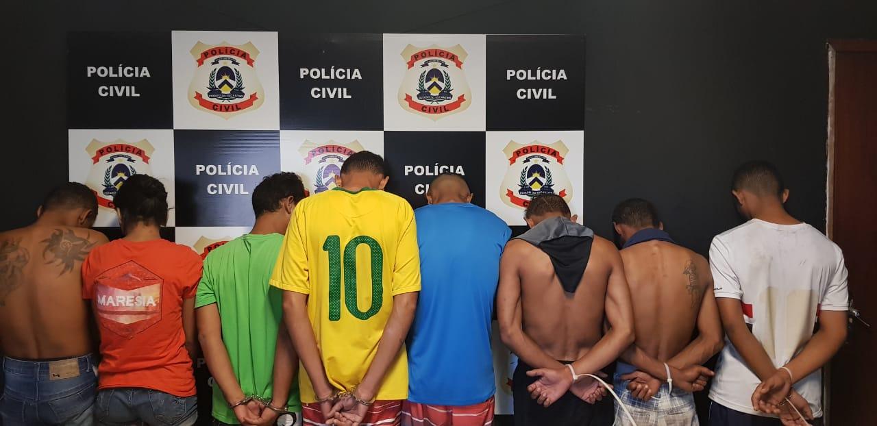 """Polícia Civil realiza """"Operação Scavenge"""" e prende oito pessoas suspeitas de tráfico na Capital"""