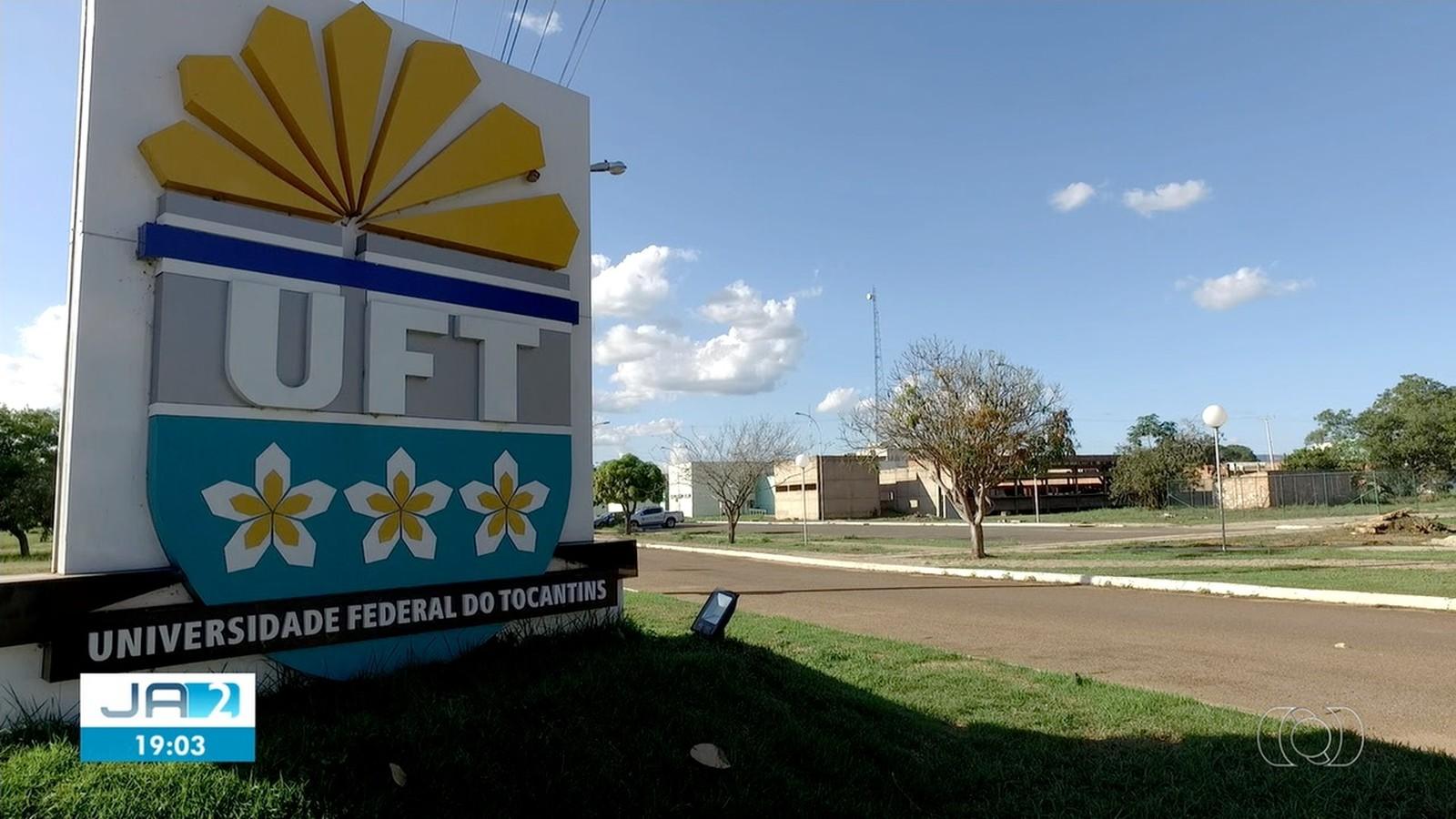 UFT abre concurso público com 14 vagas e salários de até R$ 4,6 mil