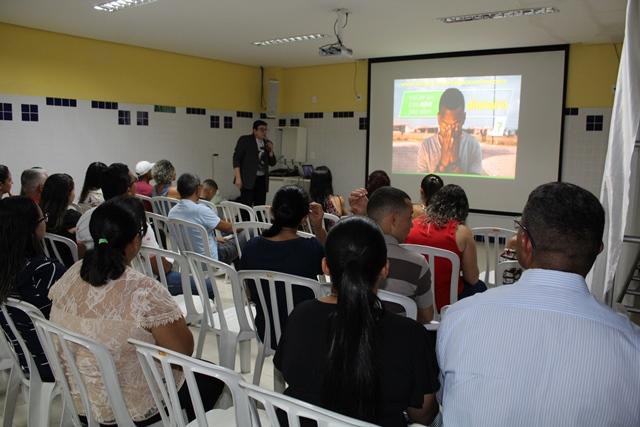Sicredi promove palestra sobre educação financeira em Taquaralto