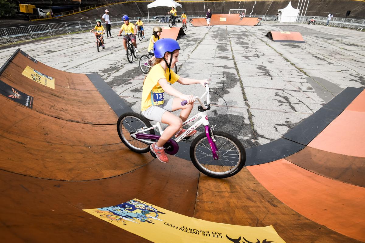 Bike e skate são atrações para a criançada no MOV em Brasília (DF)