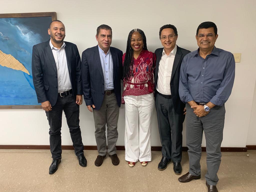 Em Salvador, Amastha participa de reuniões e acompanha execução de projetos