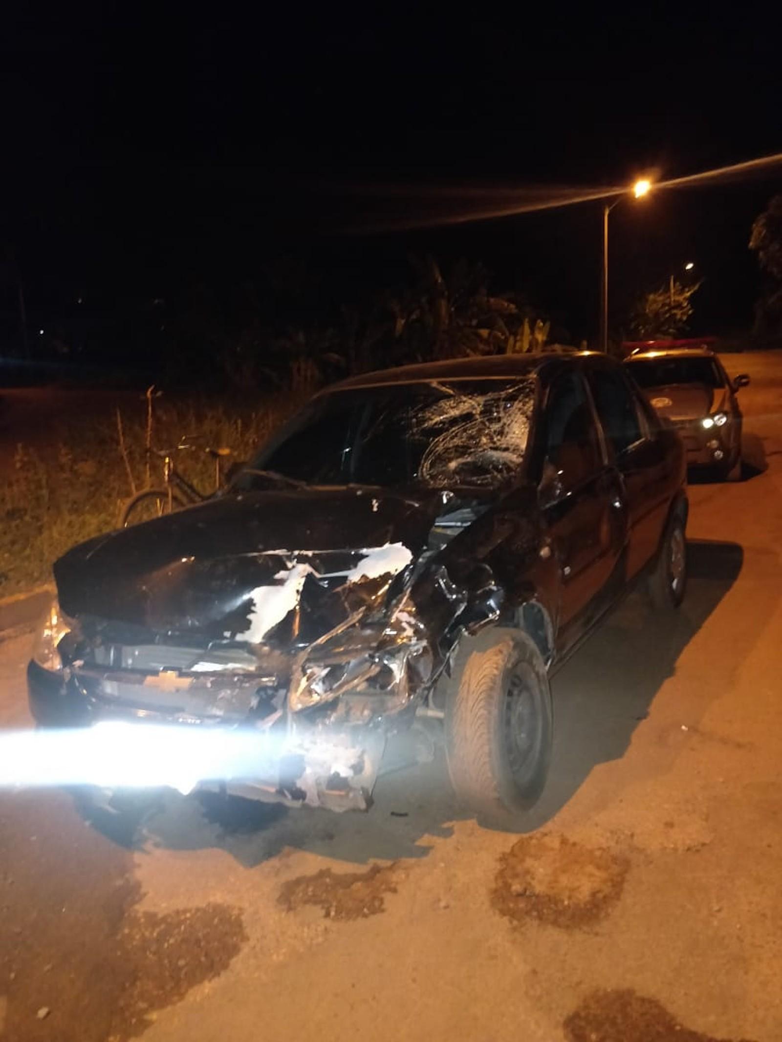 Pai morre e filho fica ferido após batida entre carro e moto em cruzamento de Tocantinópolis