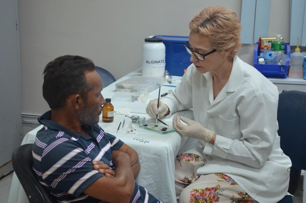 Pacientes contam com serviço avançado de próteses oculares no HGP
