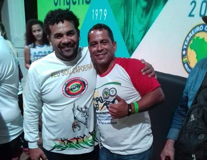 Capoeiristas de Paraíso do Tocantins participam de simpósio internacional em Fortaleza
