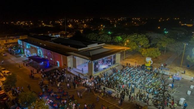 Prefeitura de Gurupi entrega Centro de Convenções Mauro Cunha