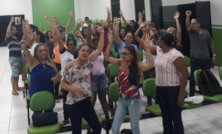 Professores deflagram greve a partir de segunda, (26), em Dianópolis