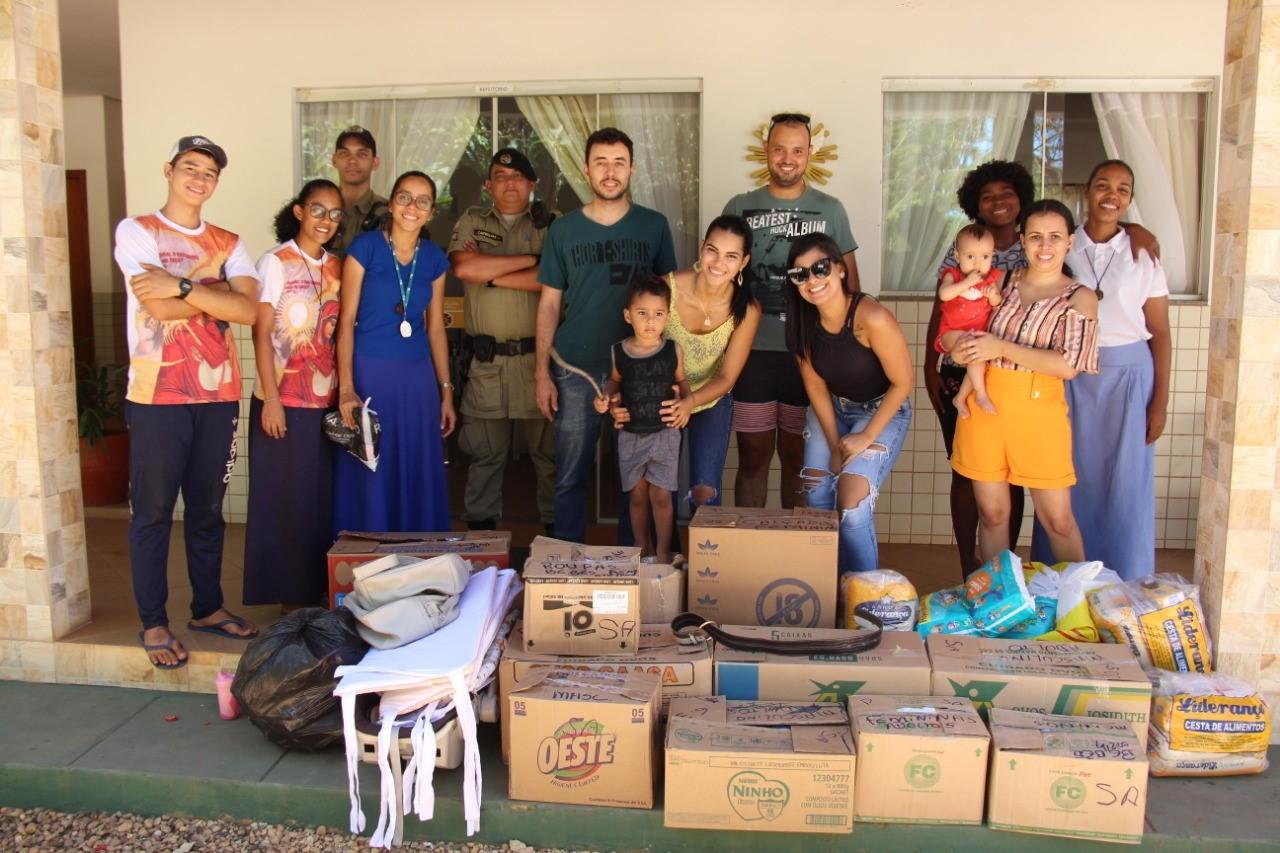 """Campanha apoiada pela PM, """"Para sempre Felipe"""" realizada entrega de donativos na capital"""