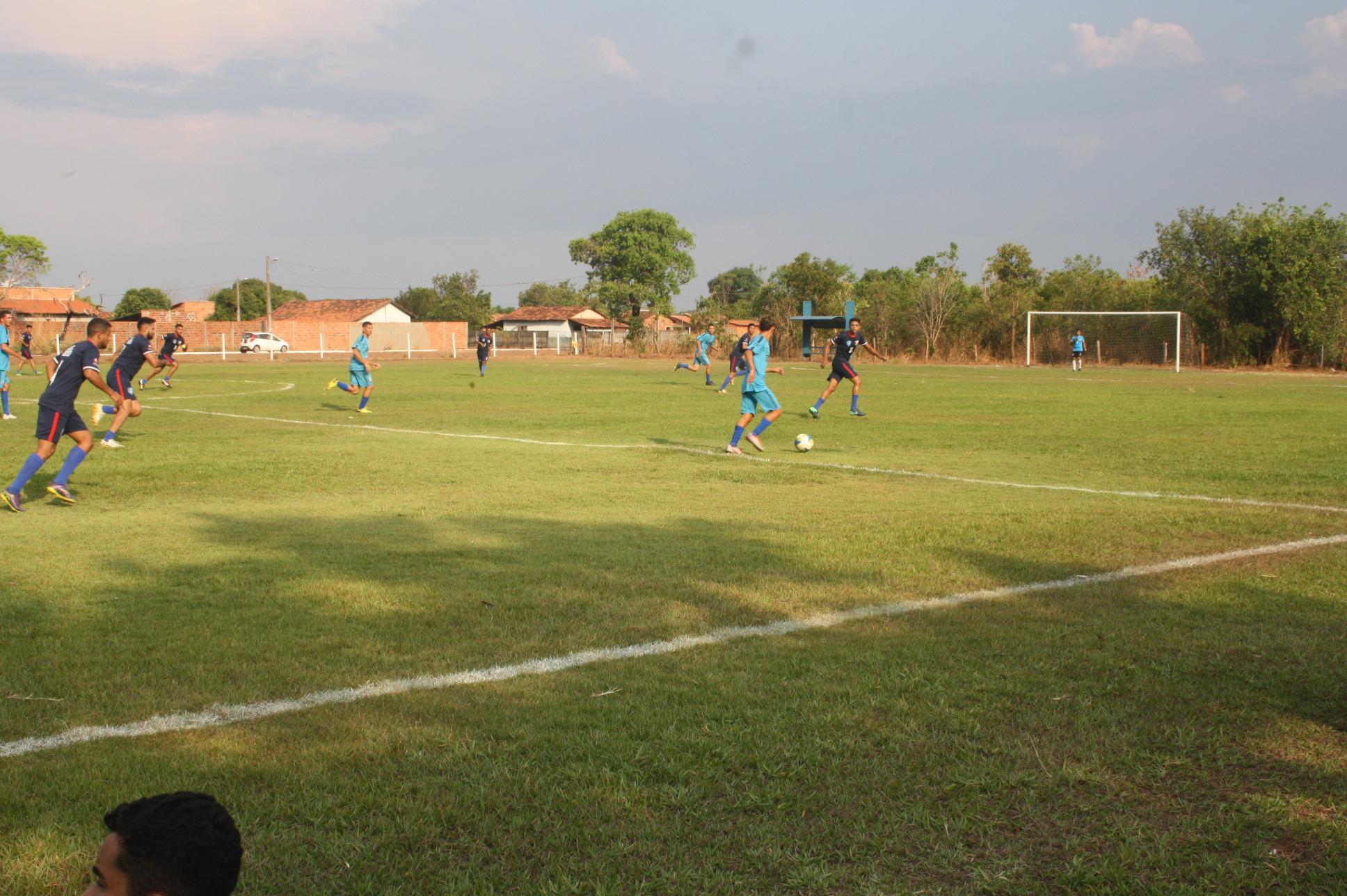 1ª Rodada do Campeonato de Futebol Amador de Divinópolis tem 7 gols marcado e 14 cartões