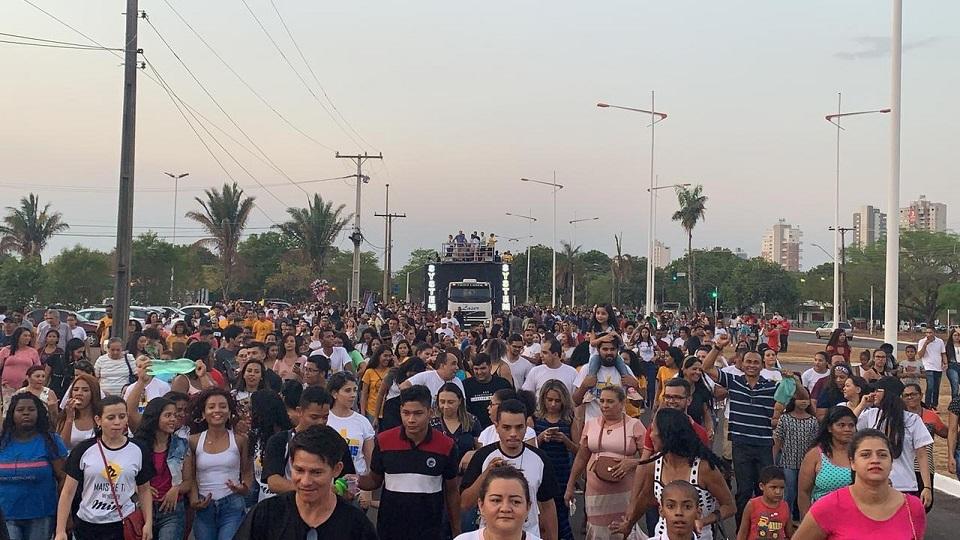 Marcha para Jesus leva fiéis às avenidas de Palmas