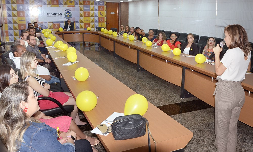 """Em alusão ao """"Setembro Amarelo"""", servidores da Casa Civil assistem palestra sobre saúde mental"""
