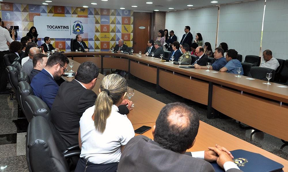Governador Mauro Carlesse e Presidente do Tribunal de Justiça assinam termo de Convênio para audiências por Vídeoconferência