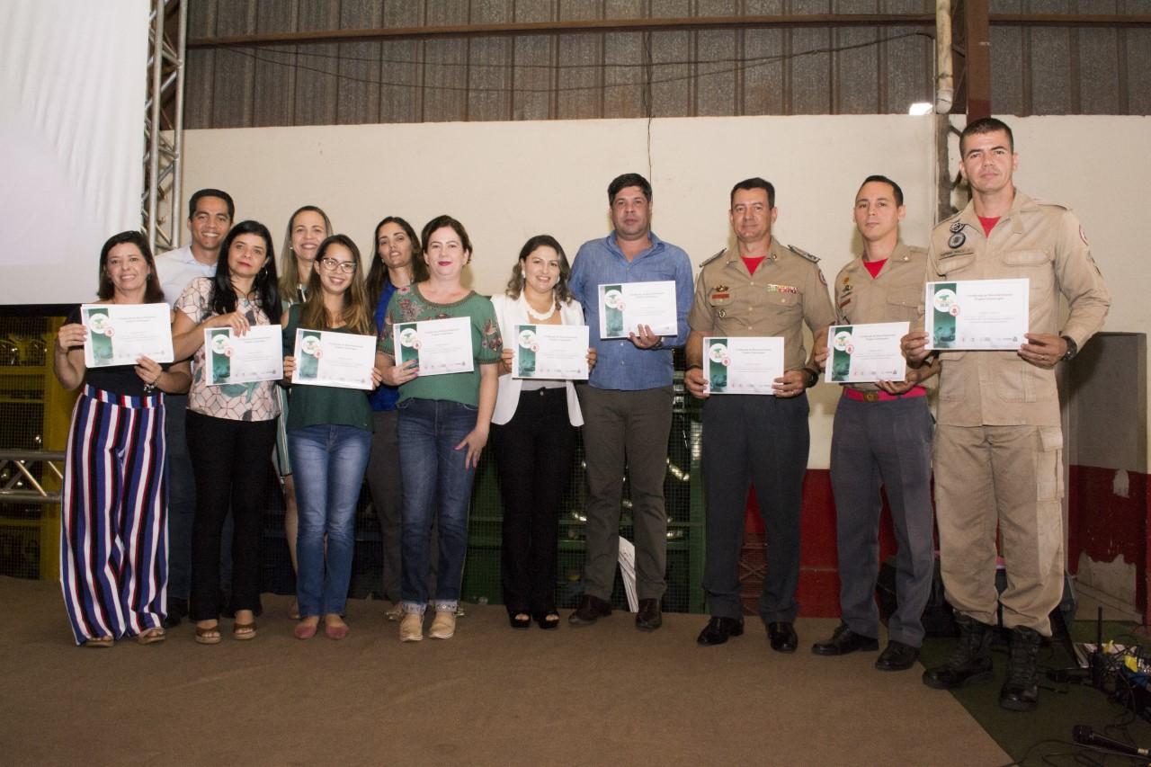 Corpo de Bombeiros Militar e HGP renovam parceria para manutenção do Projeto Cinoterapia