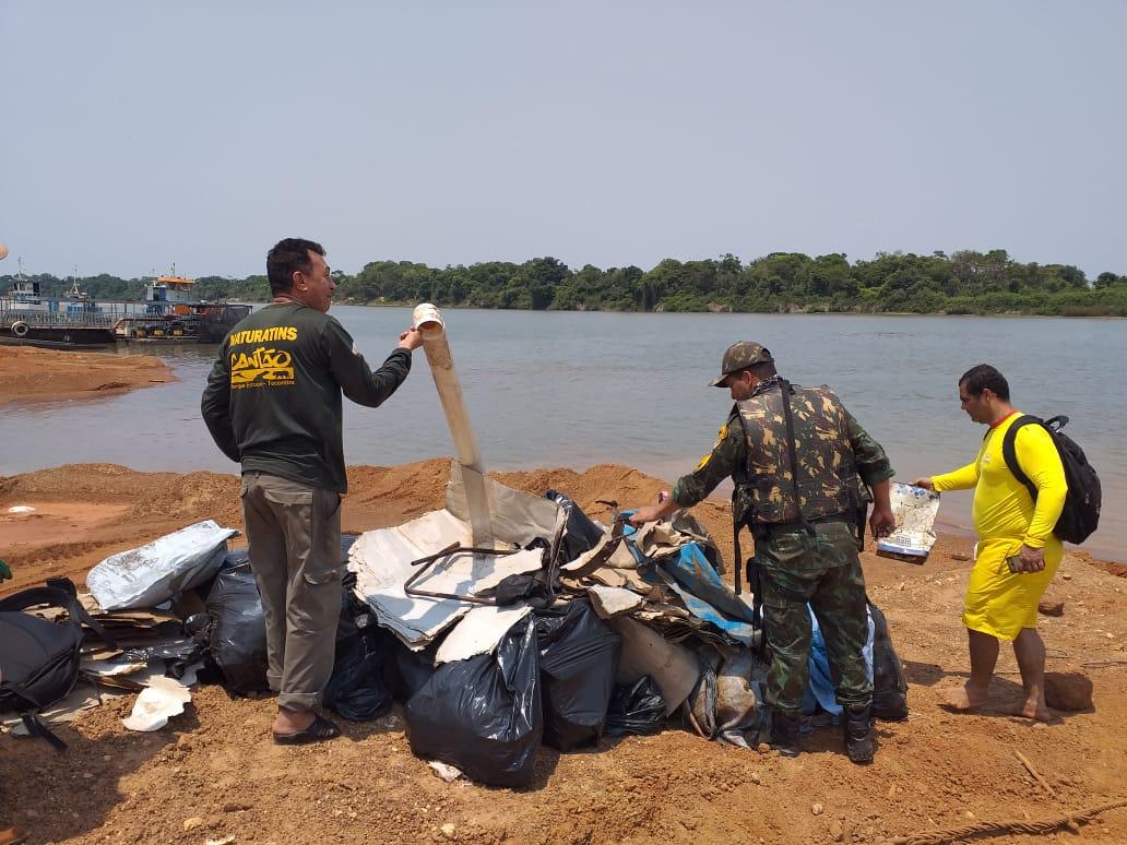 Operação Praia Limpa retira quase 12 toneladas de lixo nos rios Araguaia e do Coco