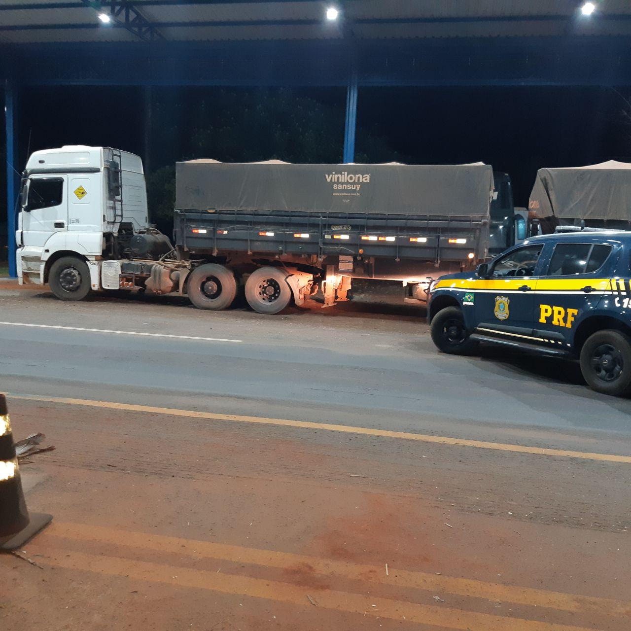 Caminhoneiro é detido pela PRF, em Palmeiras TO, por adulteração de veículo e uso de documento falso