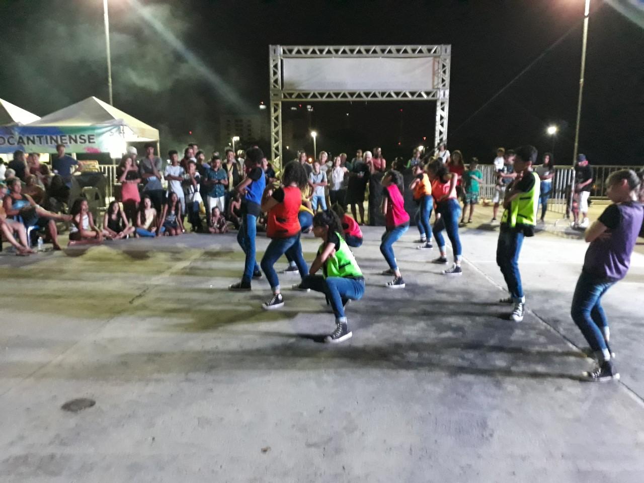 Sexta cultural promove interação, diversão, cultura e oportunidades na Praça dos Girassóis