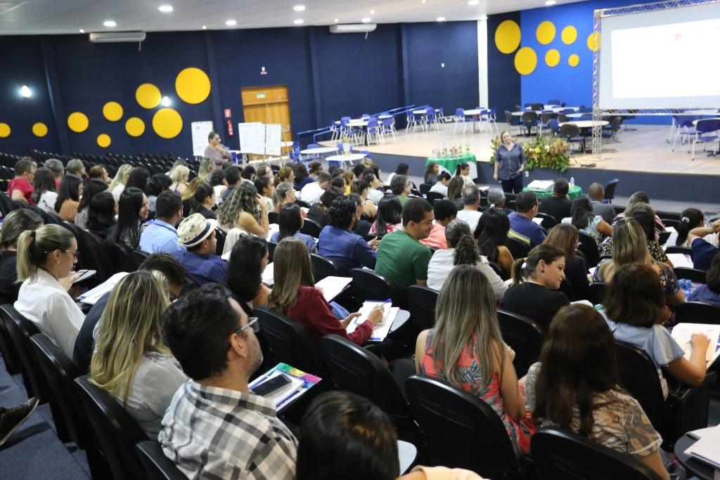 Habilidades socioemocionais e protagonismo estudantil são temas de formação do Programa Jovem em Ação