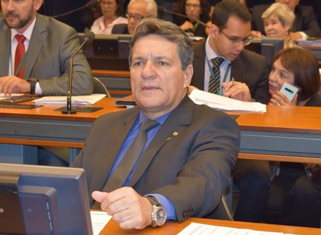 Damaso comemora sanção de lei que levará mais de R$ 460 milhões para o Tocantins