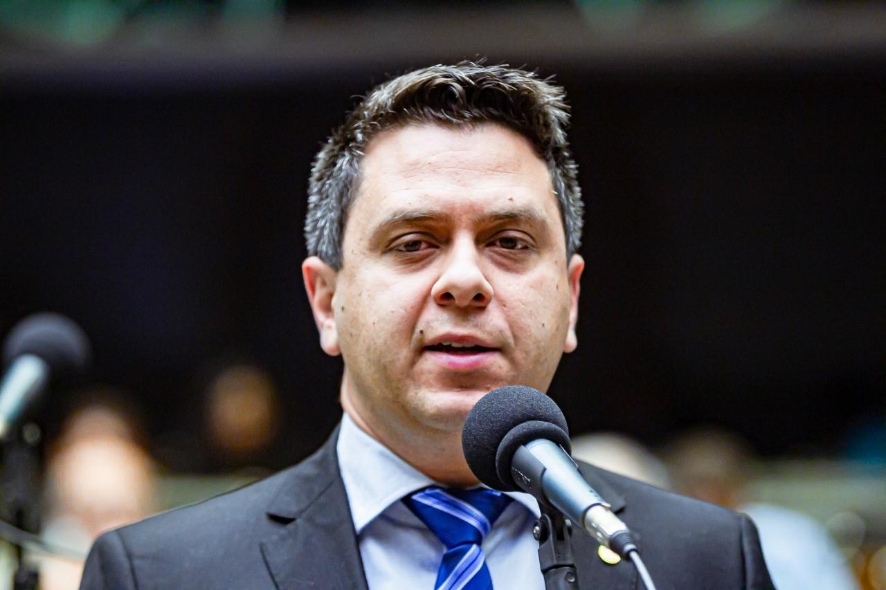 Dep. Federal, Tiago Dimas, esclarece dúvidas sobre seleção pública de emendas parlamentares