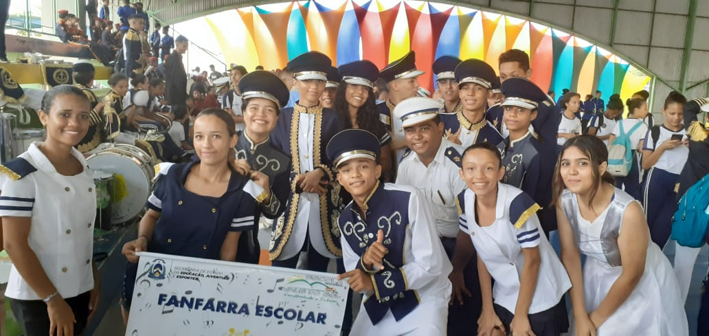 Banda de percussão Maria dos Reis fica em 1º lugar no Festival de Artes das Escolas