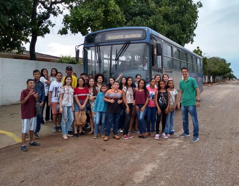Estudantes destaques do Colégio Cândido Figueira de Figueirópolis participam de excursão em Gurupi