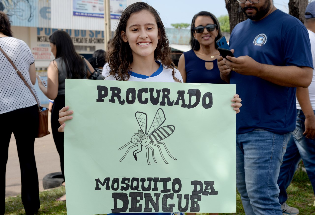 Moradores do Jardim Aureny II são convocados à luta contra o Aedes aegypti
