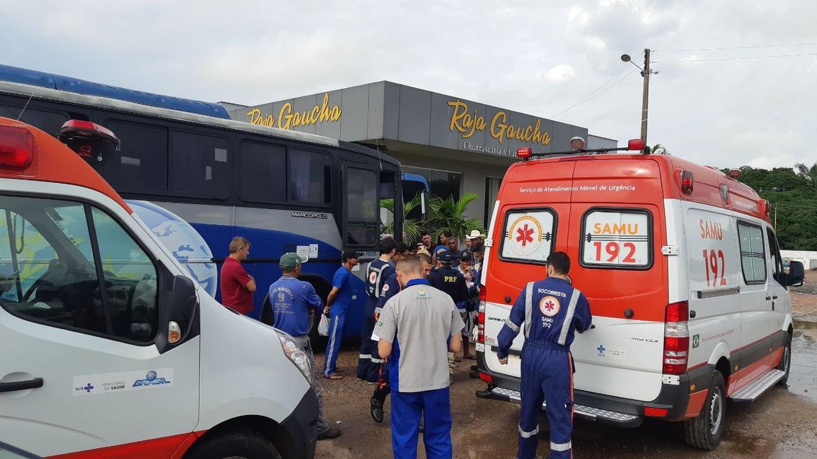 Passageiro morre após passar mal dentro de ônibus às margens da BR-153