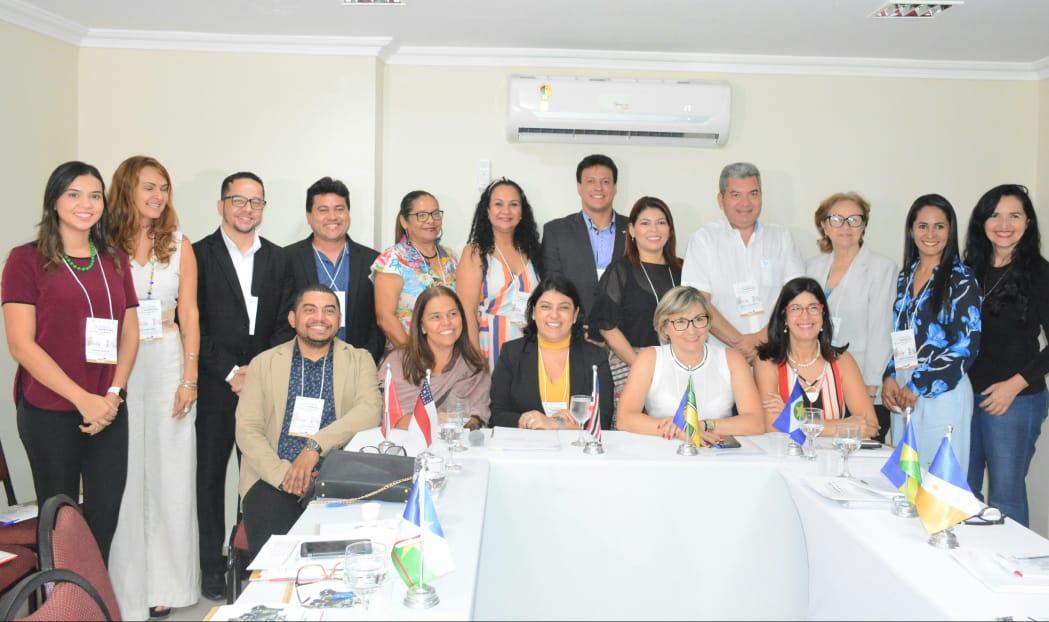 Adriana Aguiar participa de reunião com secretários de Educação da Amazônia Legal para discutir ações de melhoria da aprendizagem