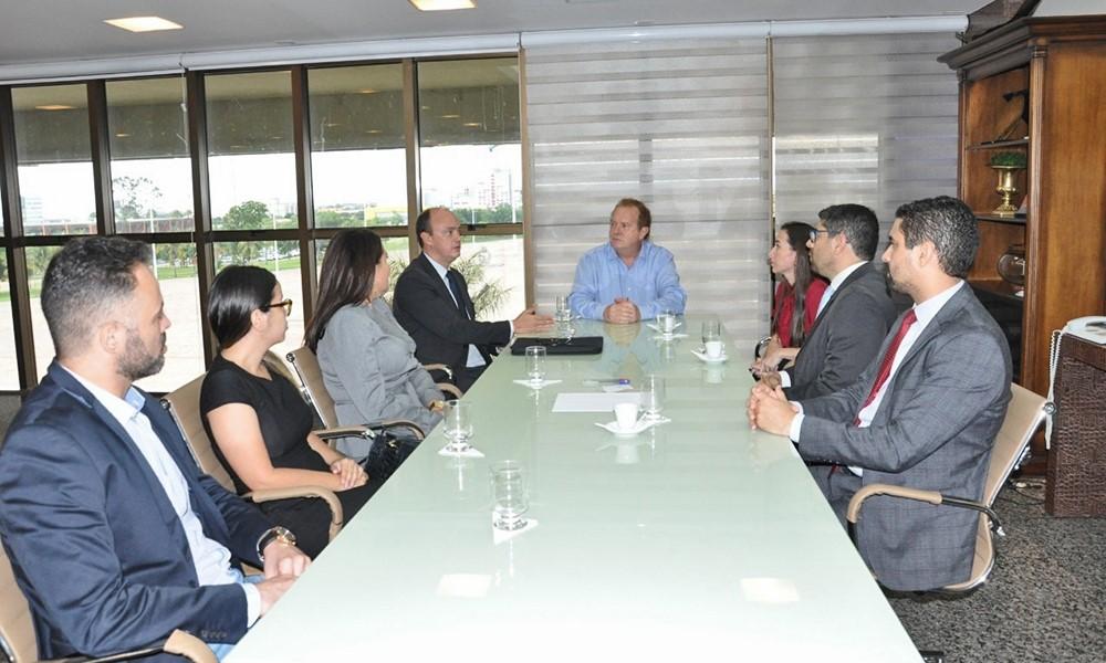 Governador Mauro Carlesse recebe diversas categorias da Segurança Pública