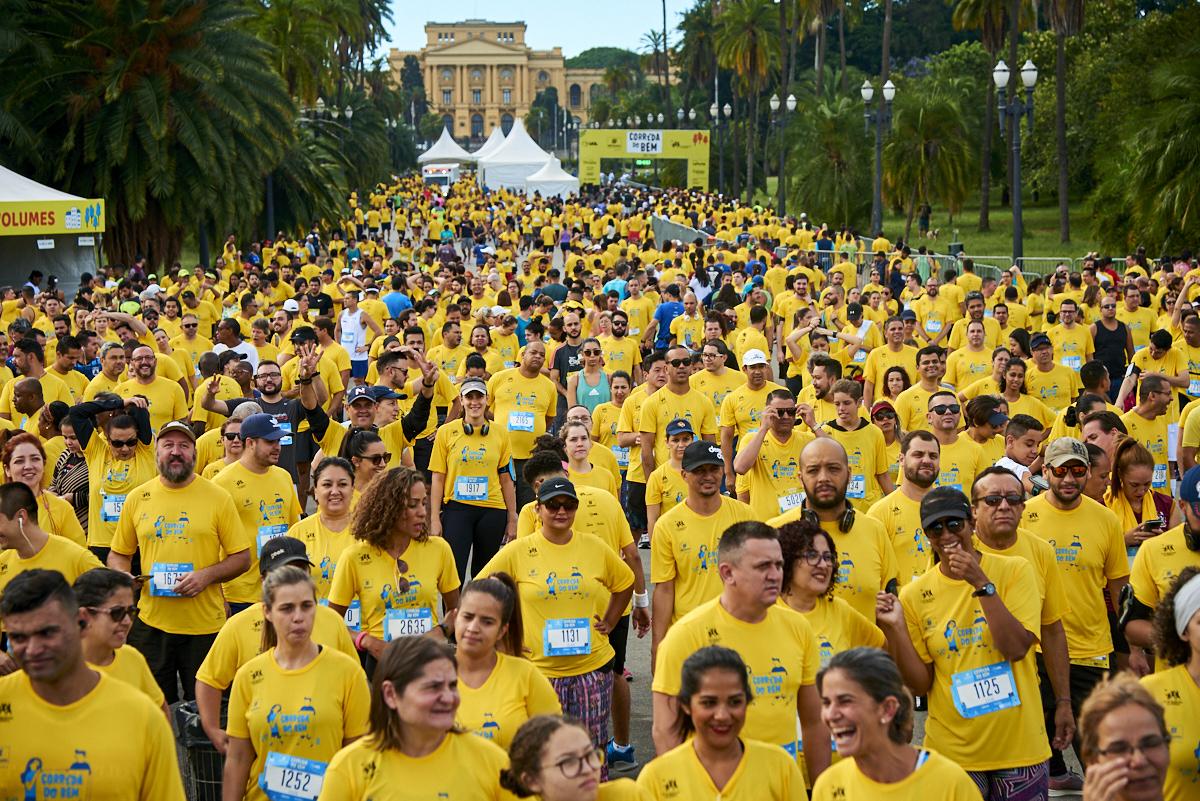 Com festa e confraternização, 5 mil pessoas participam do Circuito Corrida do Bem em São Paulo (SP)