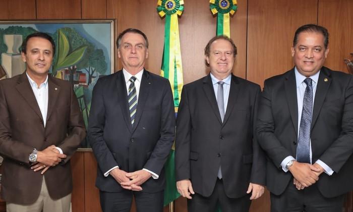 Jair Bolsonaro participa do lançamento do Programa Governo Municipalista em Palmas