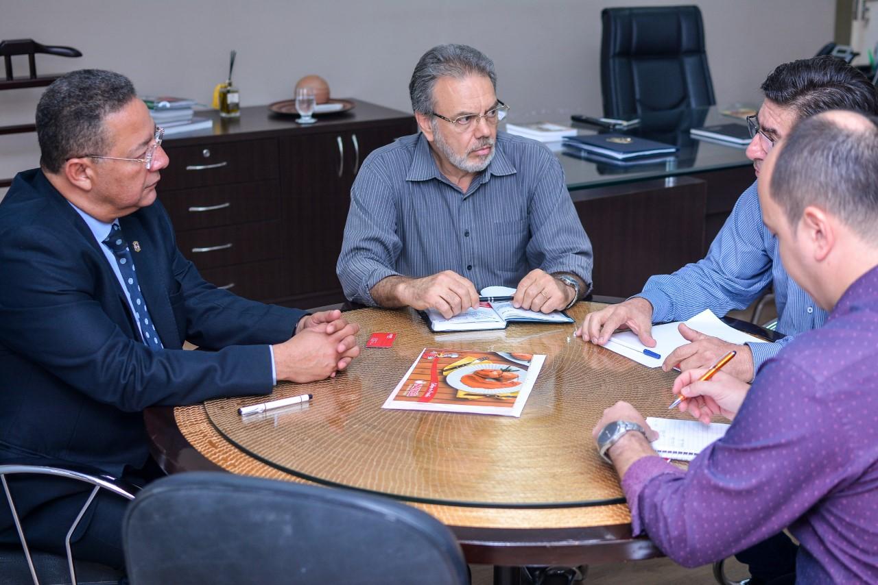 Indústria avícola do Nordeste planeja instalar centro de distribuição no Tocantins