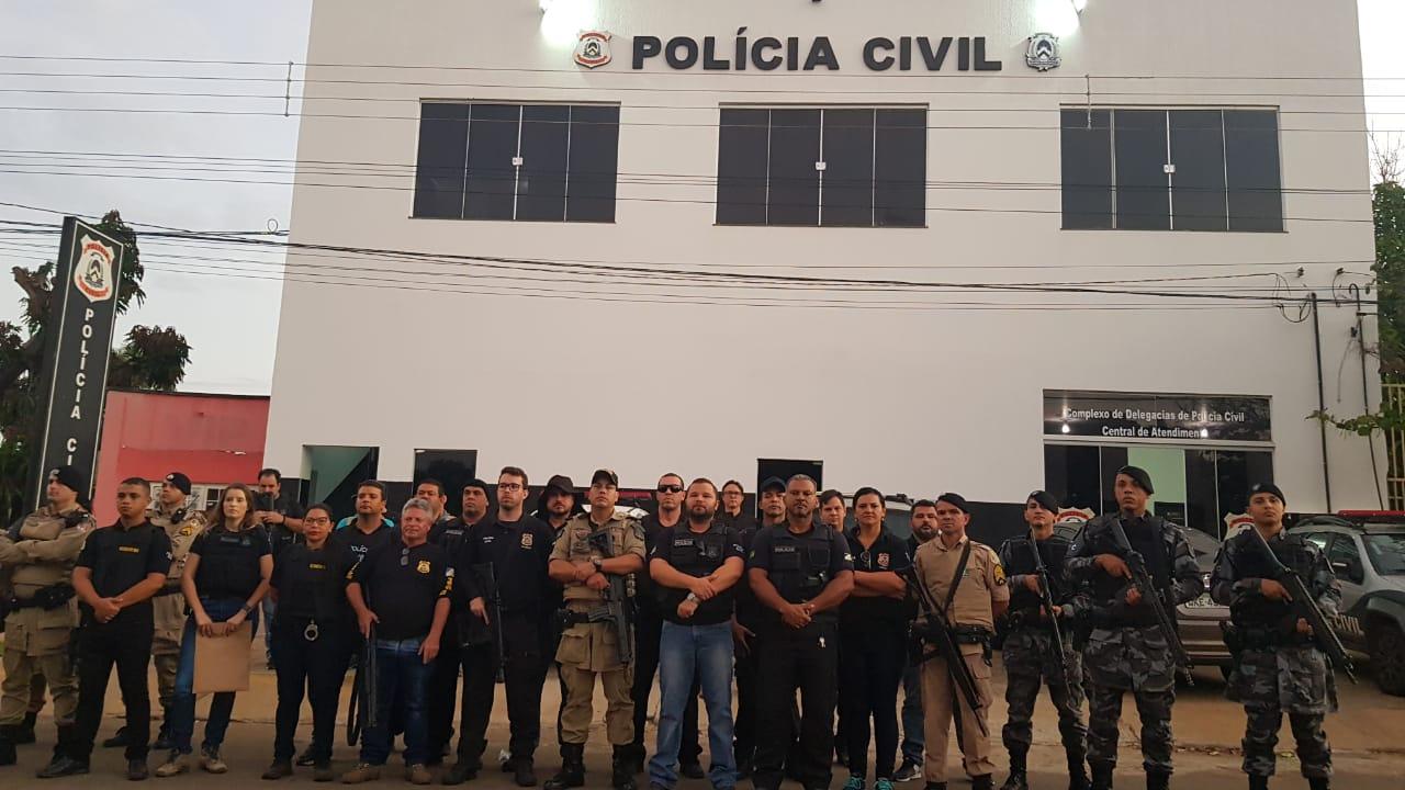 """Operação """"Krampus"""" em Porto Nacional prende quatro pessoas em flagrante"""