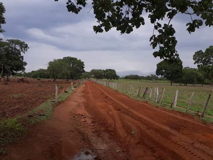Prefeitura de Fátima assina convênio para aquisição de caminhão e implementos agrícolas