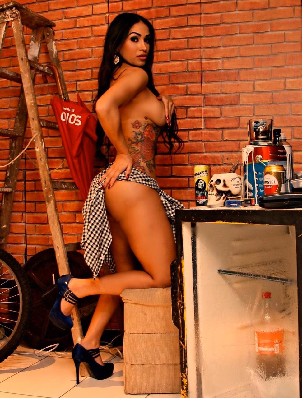 Débora Santos é convidada para ser Musa no carnaval de São Paulo