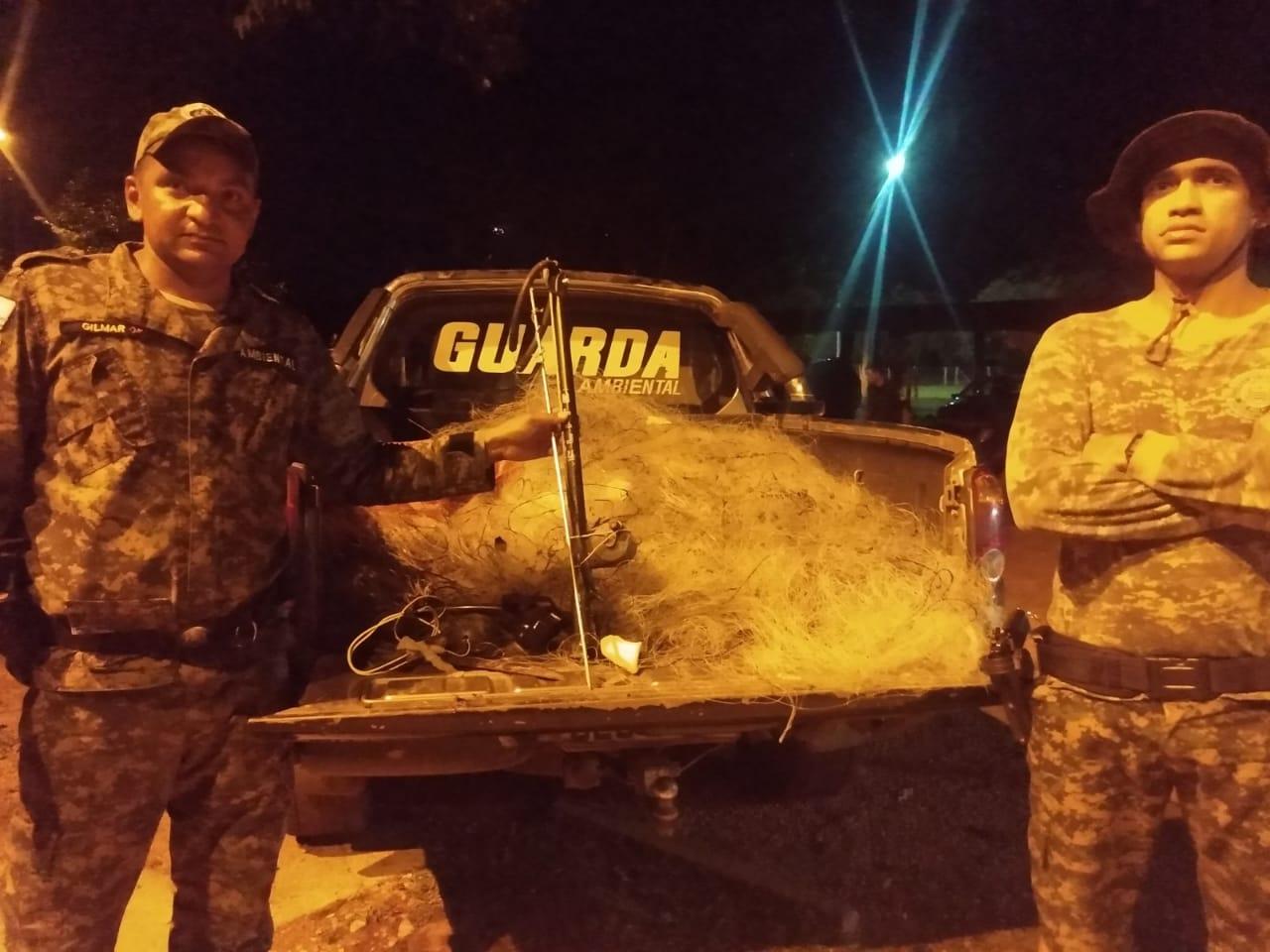 GMP Ambiental apreende mais de mil metros de rede de pesca no domingo, (19)