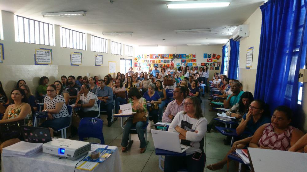 DRE de Paraíso promove formação para diretores e coordenadores sobre Documento Curricular do Tocantins