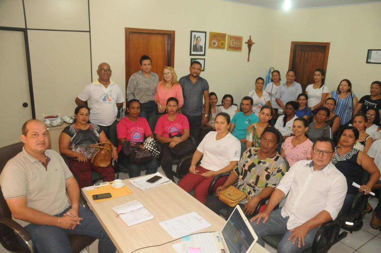 Prefeito Saulo Milhomem ouve demandas dos Agentes de Saúde e endemias de Miracema