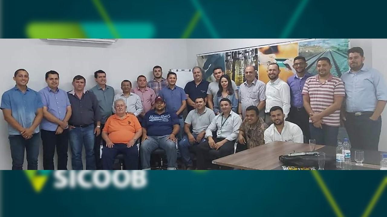 Prefeito Washington Vasconcelos apoia instalação de agência do Sicoob em Fátima