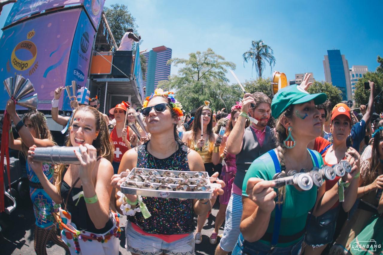 """Bloco Casa Comigo encerra carnaval com festa """"Lua de Mel"""" neste sábado (29)"""