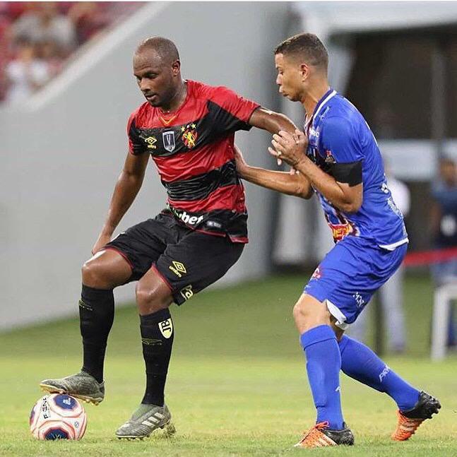 Christian Grasse, de 19 anos, é uma das revelações do Campeonato Pernambucano